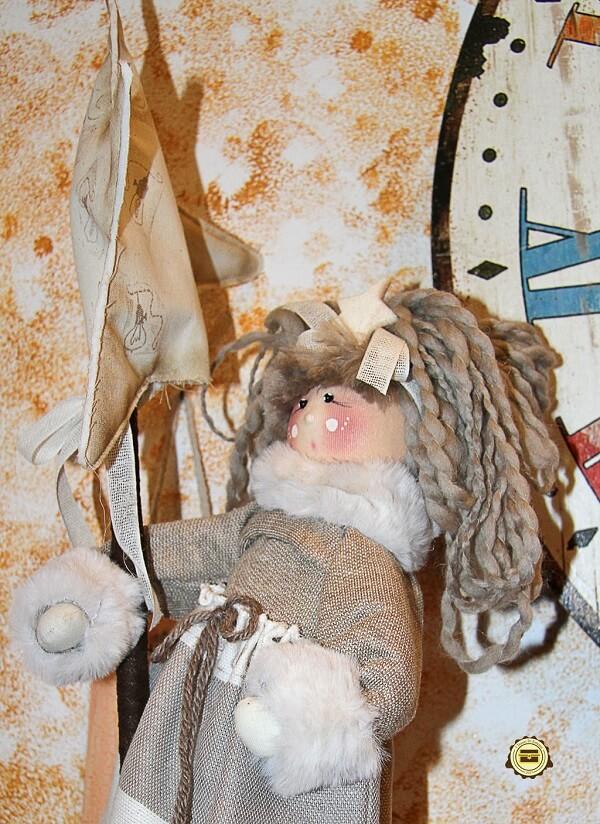 Bambola pigotta fatta a mano, bambolina artigianale in stoffa realizzata a mano, decorazione Verona