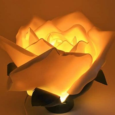 Lanterne rose giganti. Fiori e decorazioni fatte a mano Verona